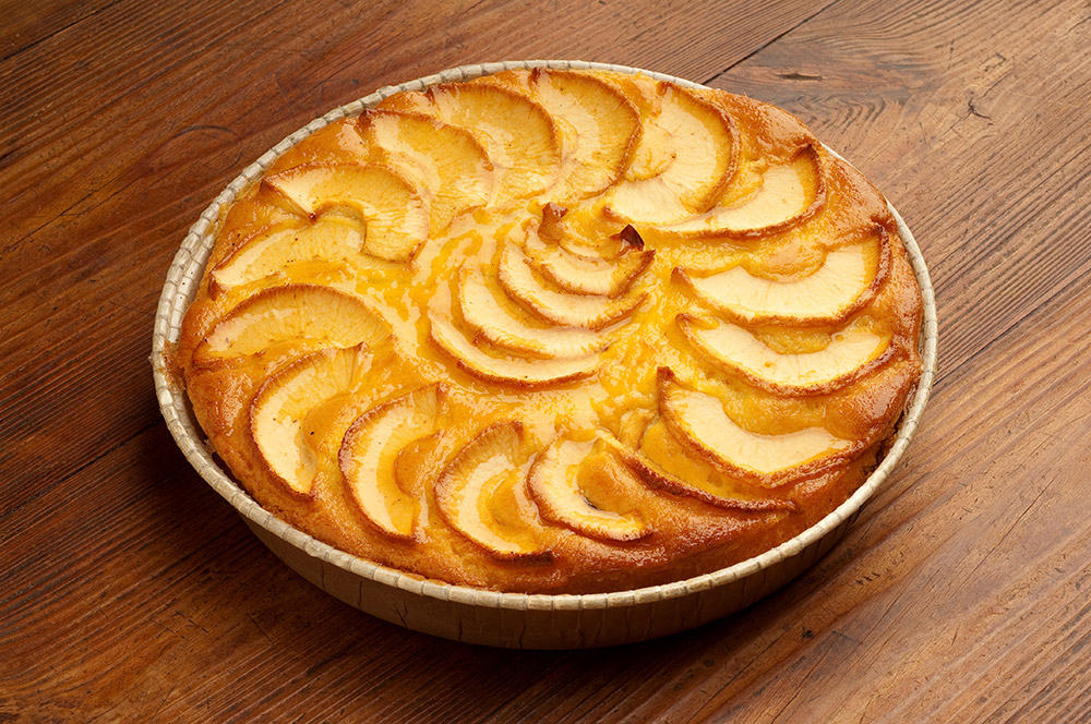 Italian Apple Amaretti Cake Dessert