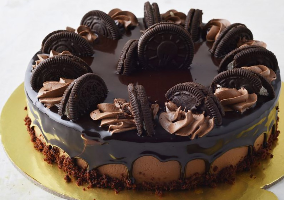 Chocolate Oreo Cream Cake