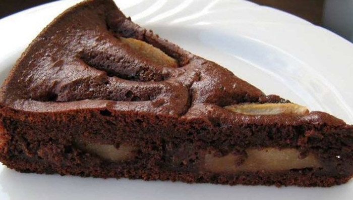Easy Brandy Chocolate and Pear Cake