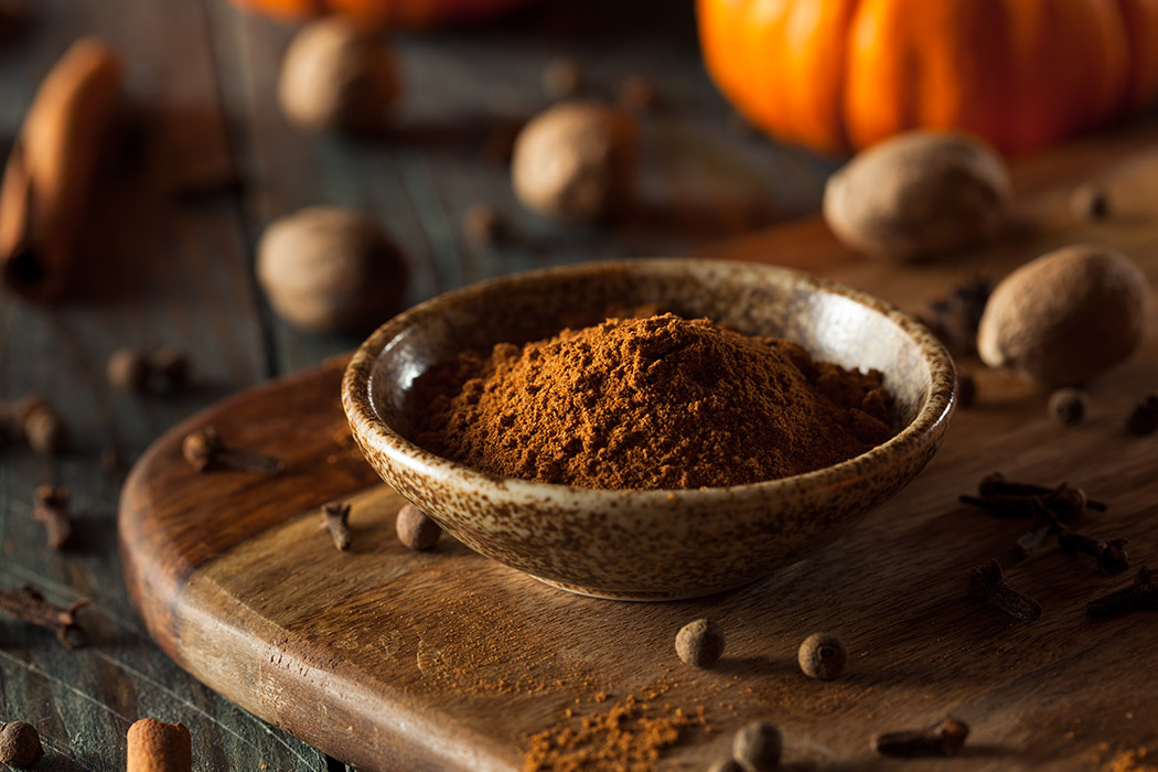 Homemade Pumpkin Pie Spice (Traditional American Recipe)